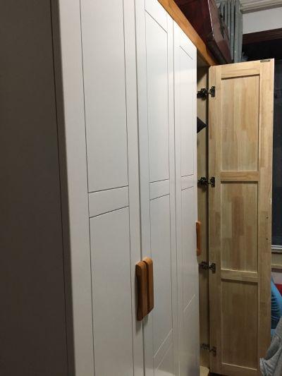 家具换房间,6门柜1组,高低床1个,1.8米实木床一个。